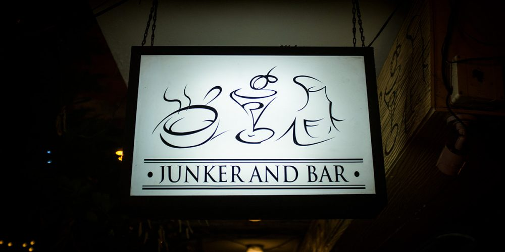 Junker and Bar